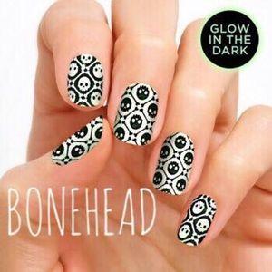 Accessories - Color Street Nail Strips - Bonehead